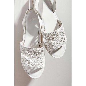 URBAN OUTFITTERS Luna Crochet Slingback Sandal